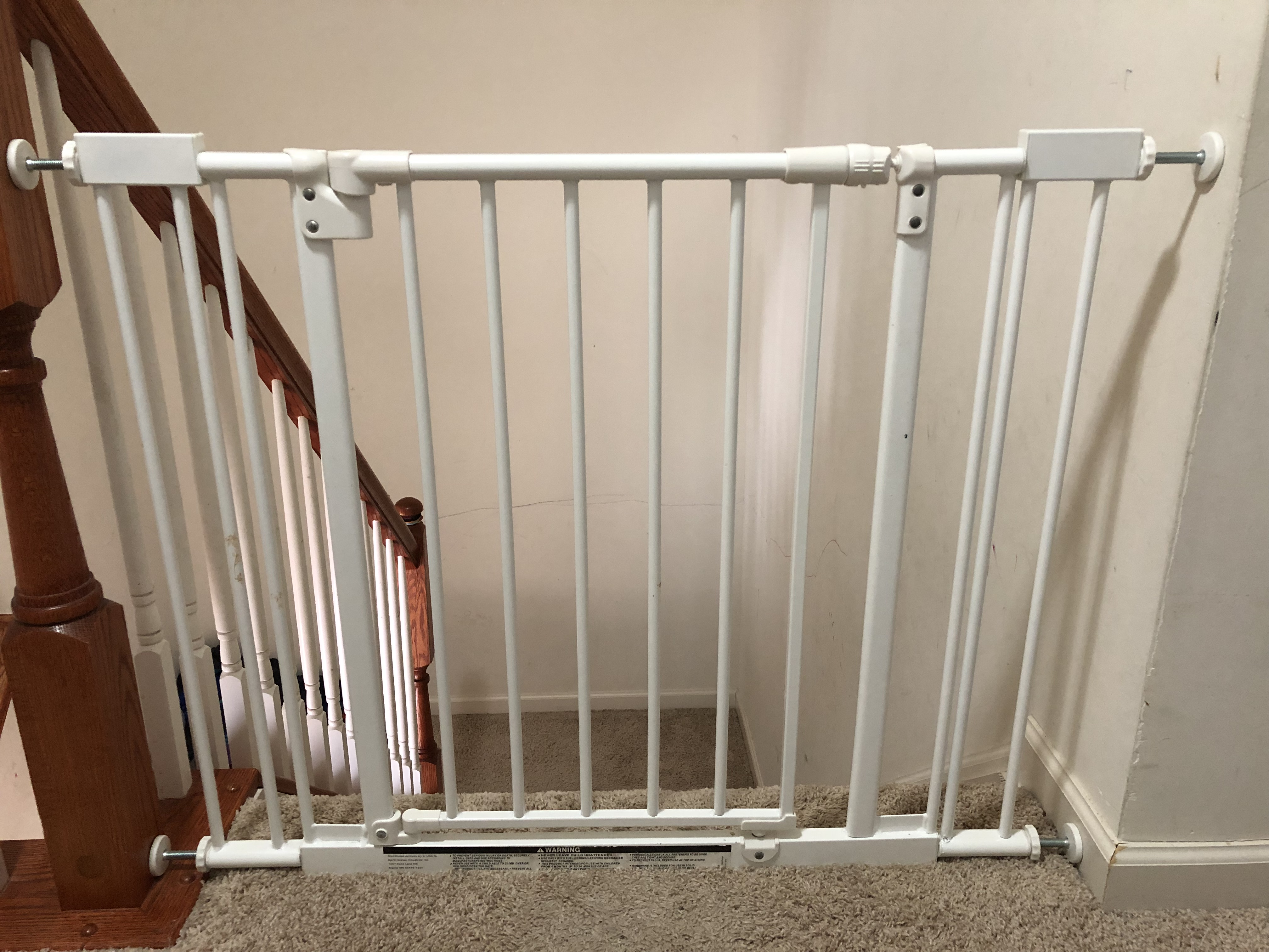 Baby gate to prevent fall into the stairs